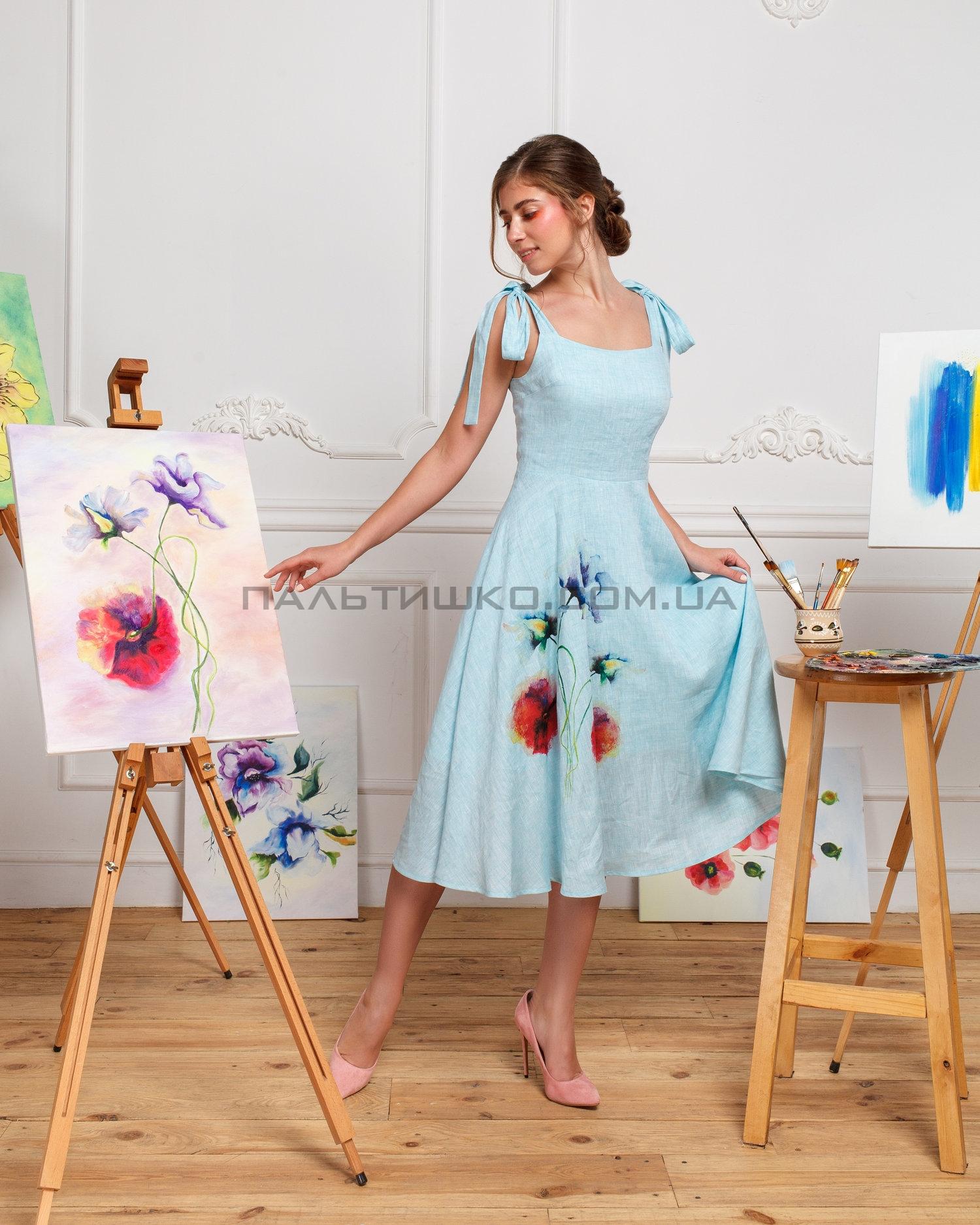 Платье голубое с маками