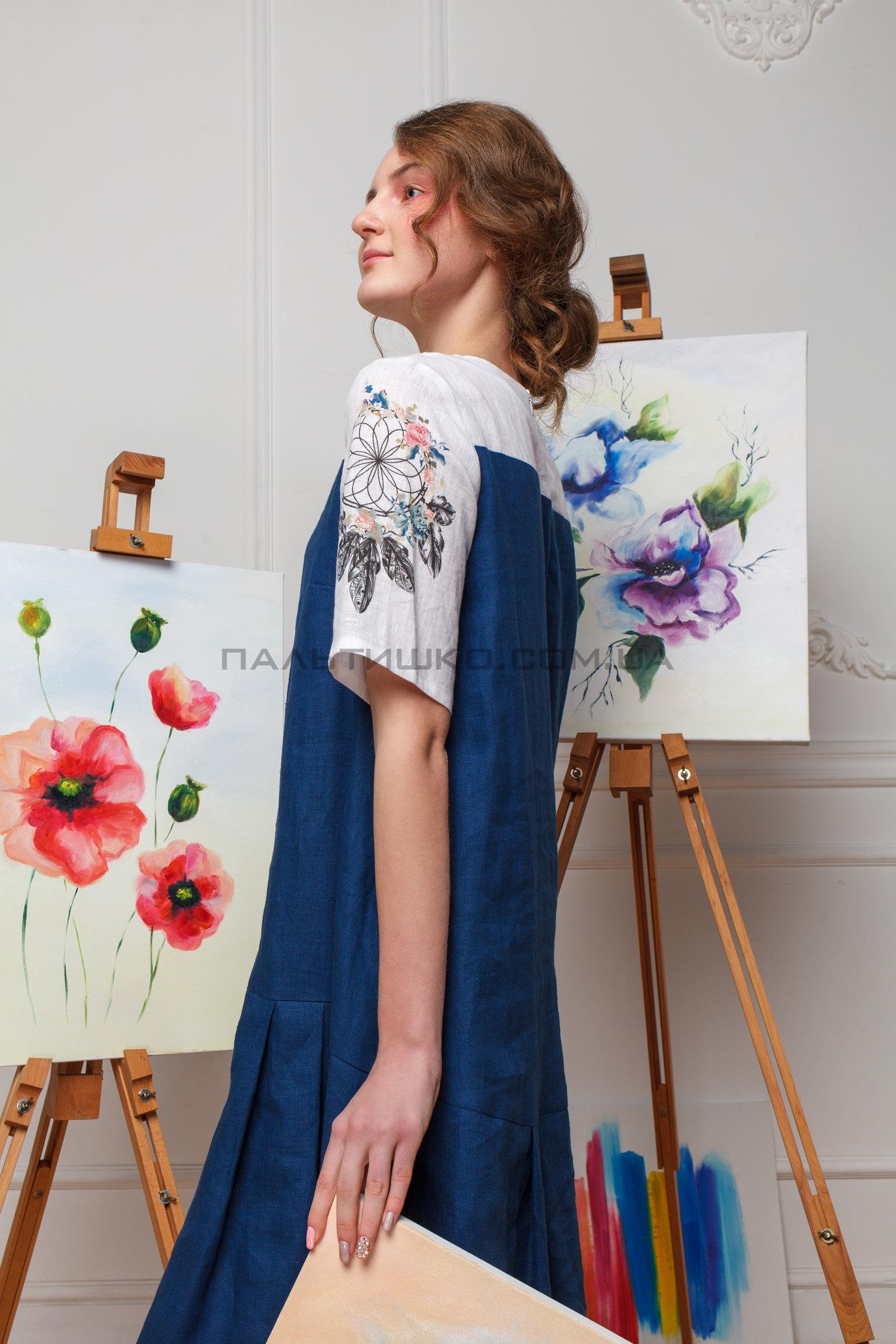 Платье бело-синее