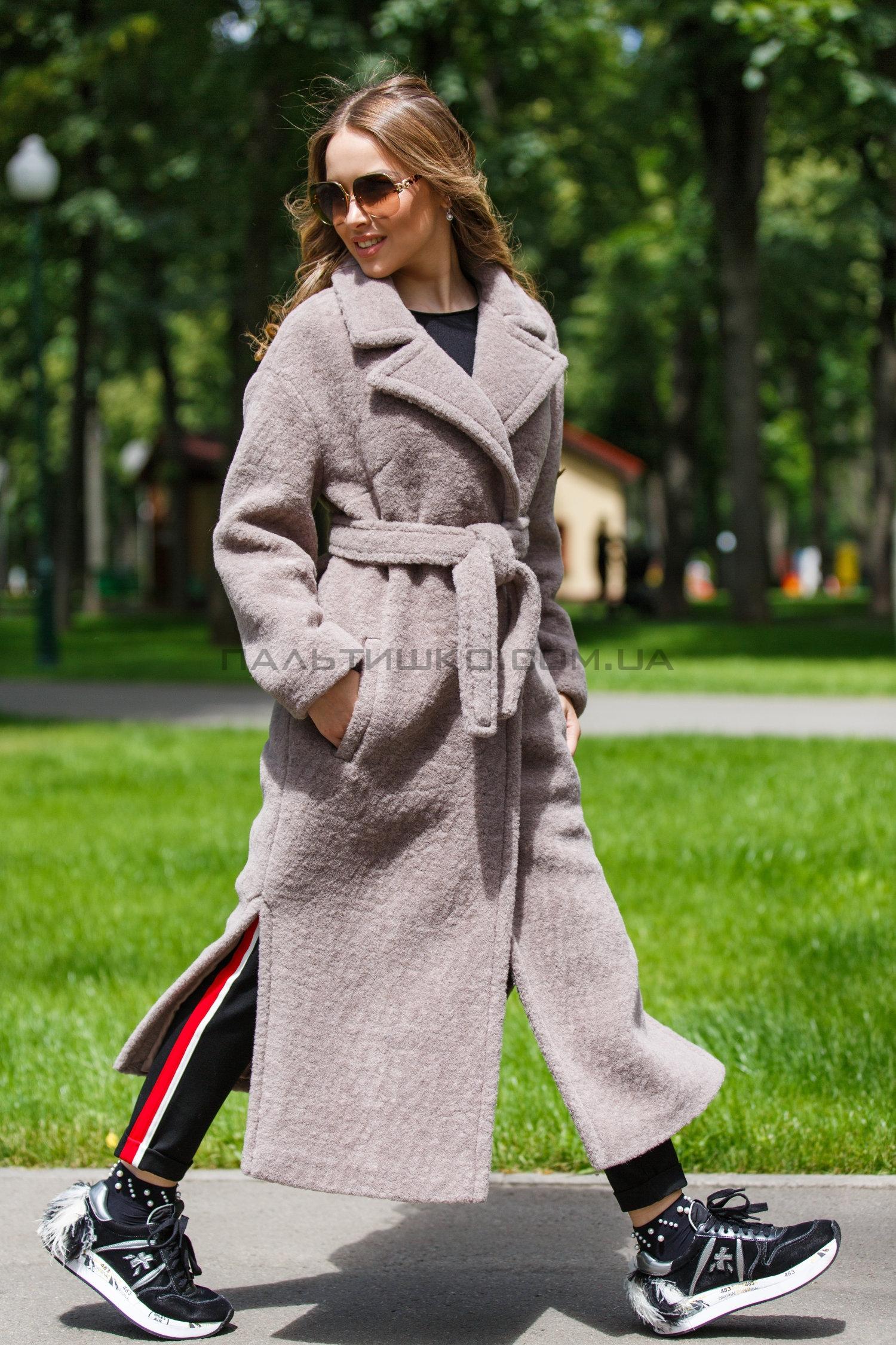 Женское пальто №137