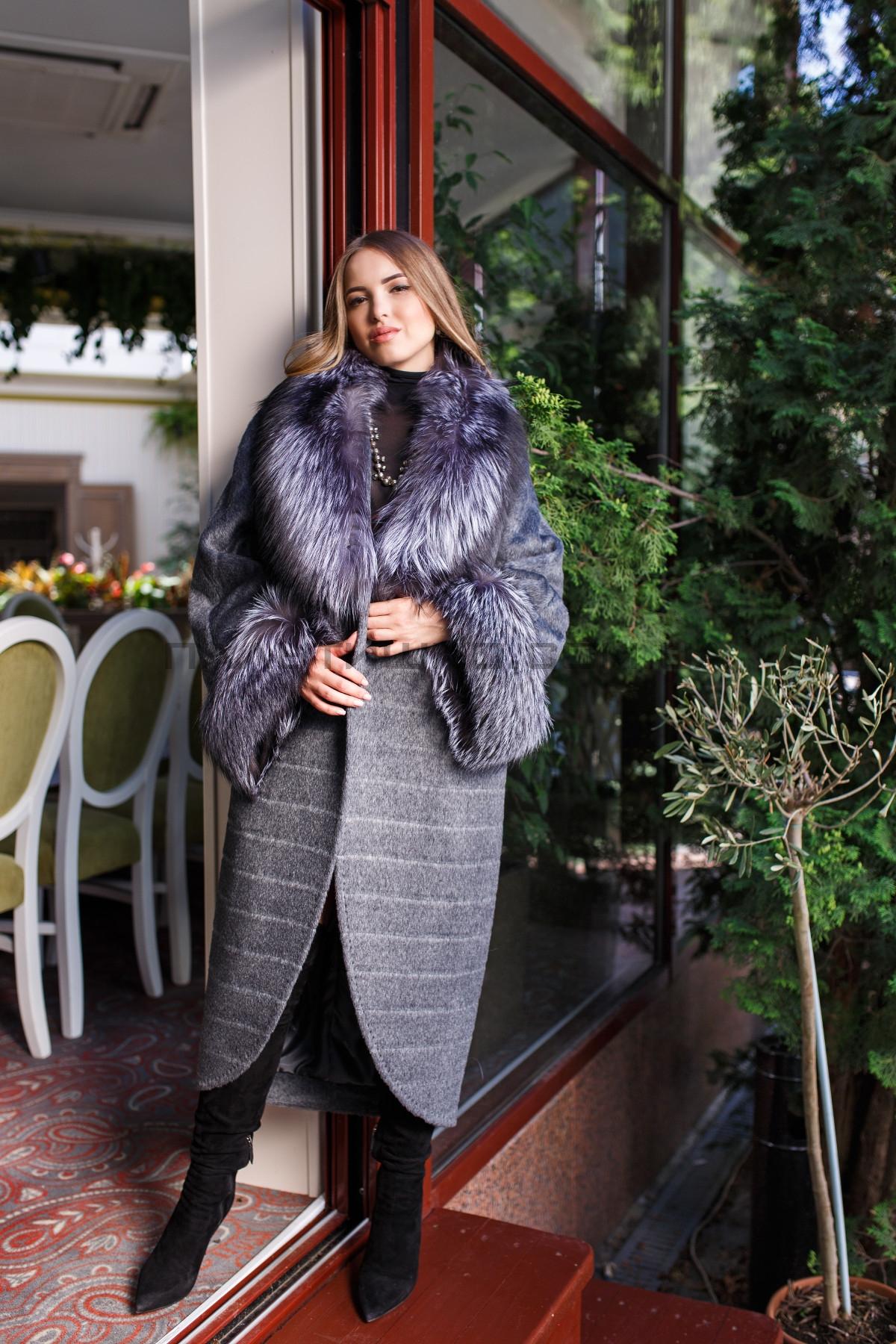 Женское пальто №139