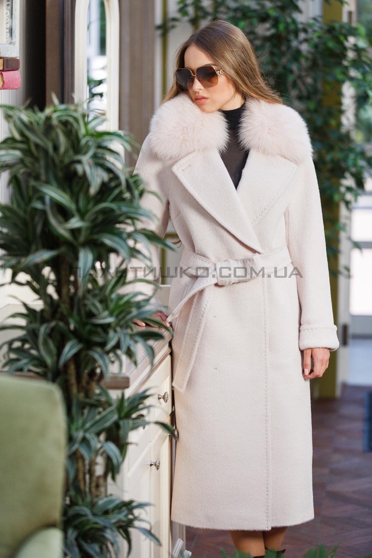 Жіноче пальто №143