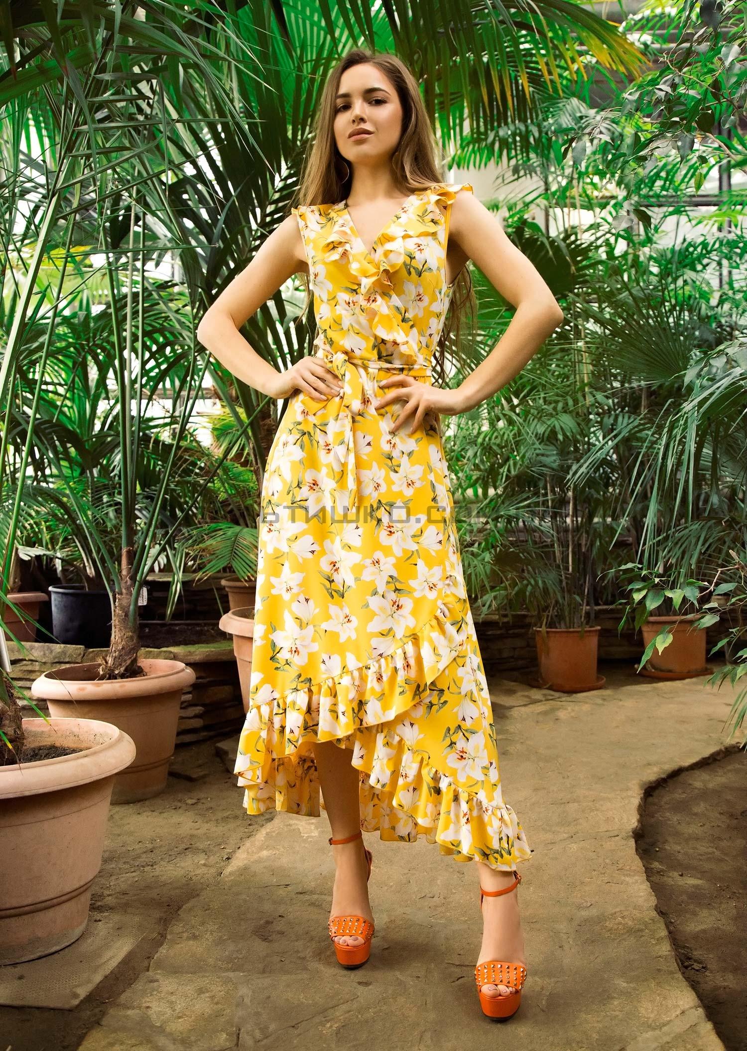 Платье с запахом желтое